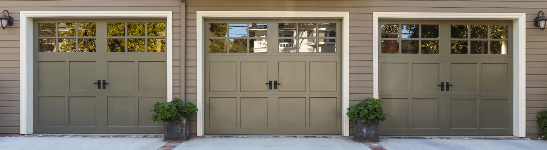 Affordable Raised Panel Residential Doors