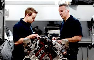 Fuel injction / fuel pumps | Waukegan, IL | Greenwood Automotive Inc | 847-336-0882