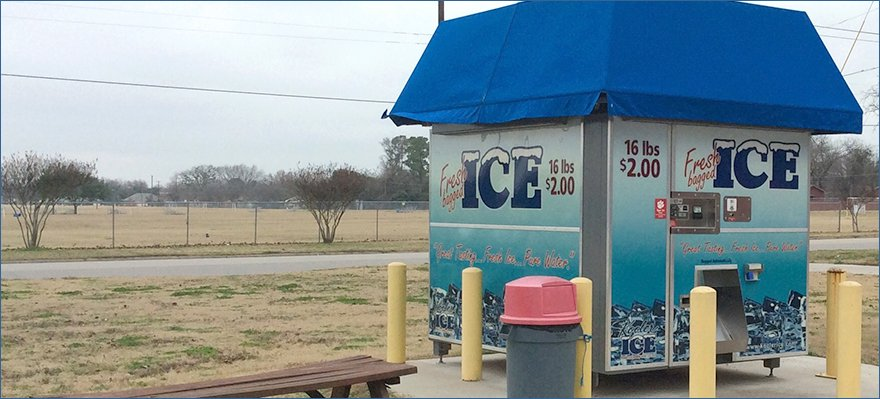 Commerical ice machine
