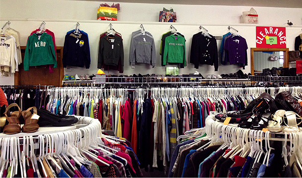 Clothes | Jackson, MI | Upscale Resale | 517-879-4120