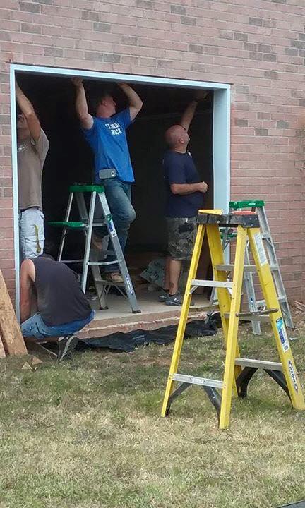 Garage doors installation