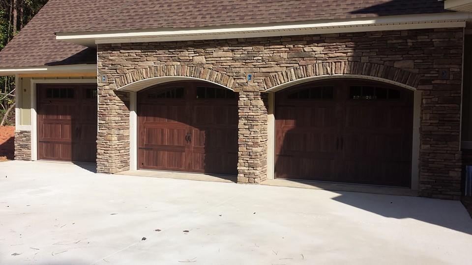 Carriage type garage door