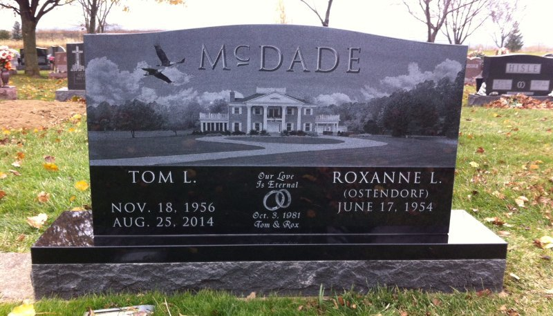 mcdade custom etched marker