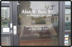 Divorce Lawyer | Patchogue, NY | Law Office of Alan Raymond Barr, PC | 631-447-3400