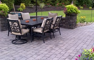 Brick Pavers and Retaining Walls | Niskayuna, NY | Wells Landscaping and Design | 518-701-0616