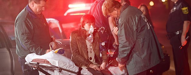 Injured lady getting treatment