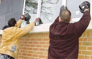 Screen Glass Repair | Lakewood, CO | Green Mountain Glass LLC | 303-969-9725