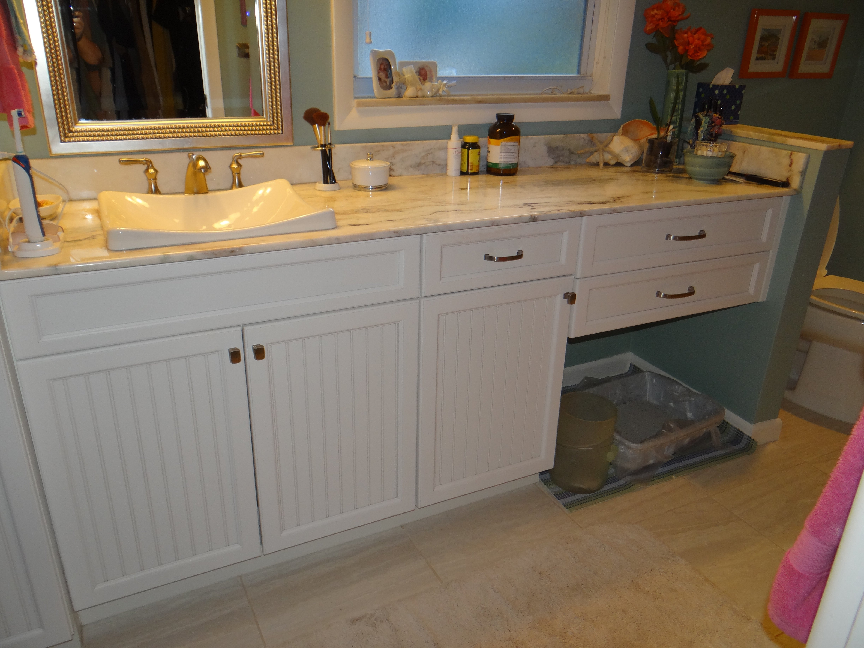White vanity, clean design