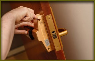 Automotive Locksmith | Knoxville, TN | Delta Locksmith 24 7 | 865-244-7838