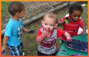 infant and toddler care | Forest Park, GA | Little Ones Learning Center | 404-361-8886