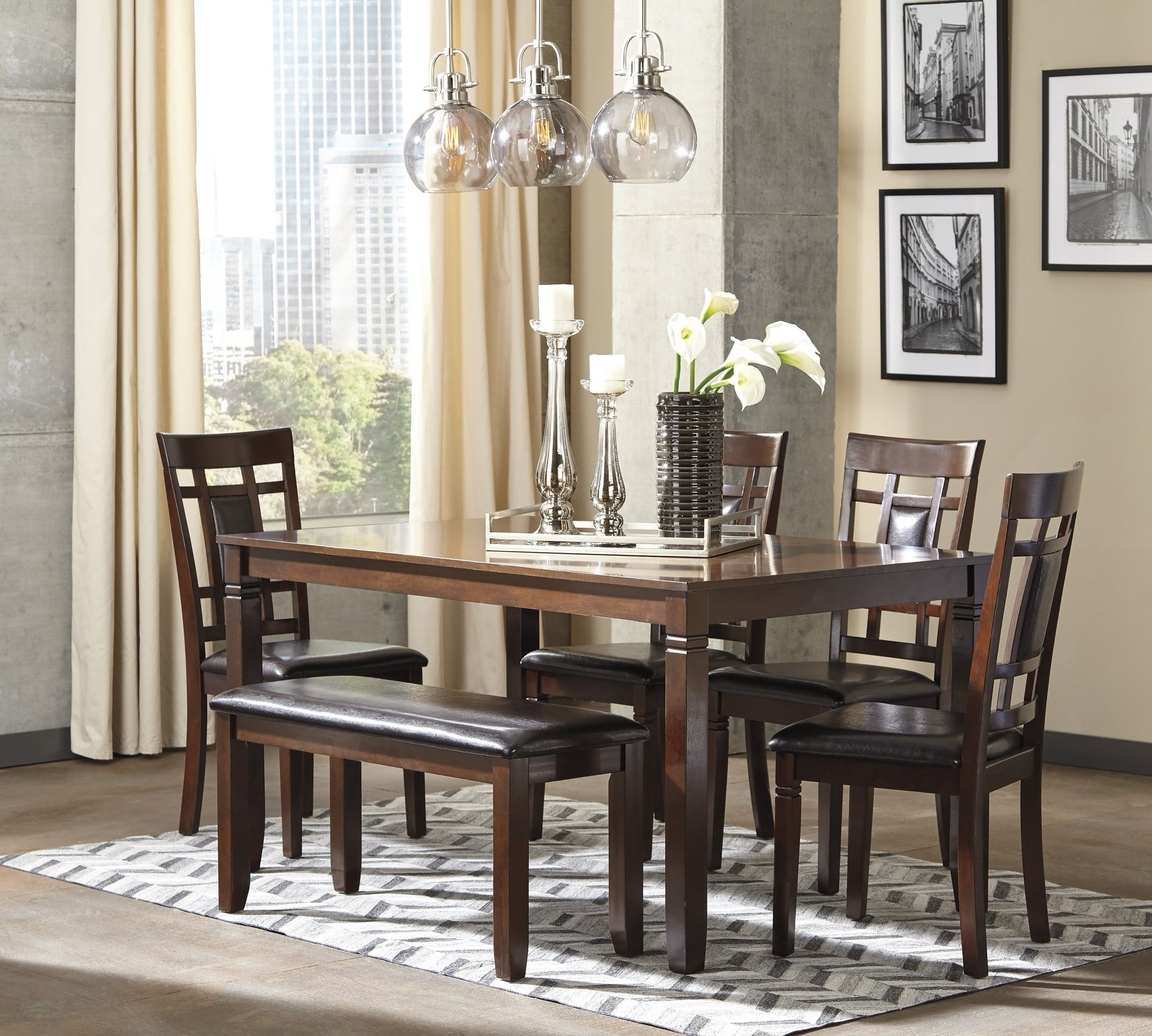 Attirant Bennox 7pc Dining Set