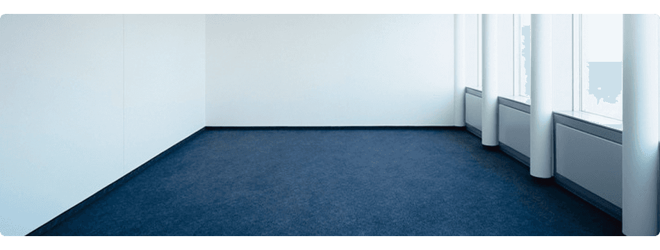 bleu carpeted room
