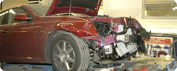 Auto Collision Repair - Kamm's Corners Auto Body, Inc. - Cleveland, OH
