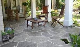 Stylish flooring made in concrete