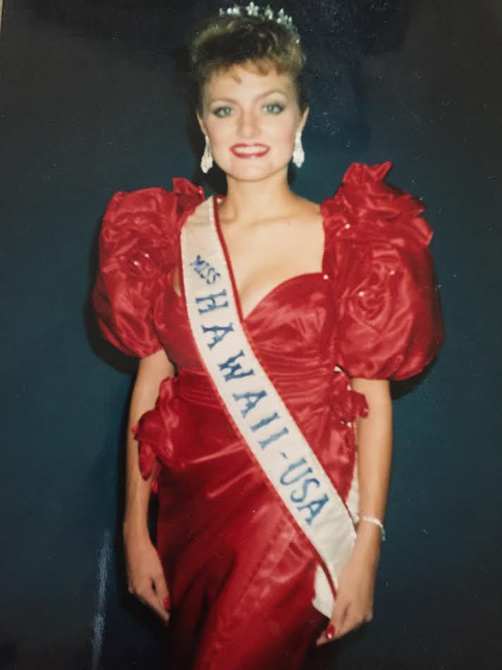 1989 Julie Larson