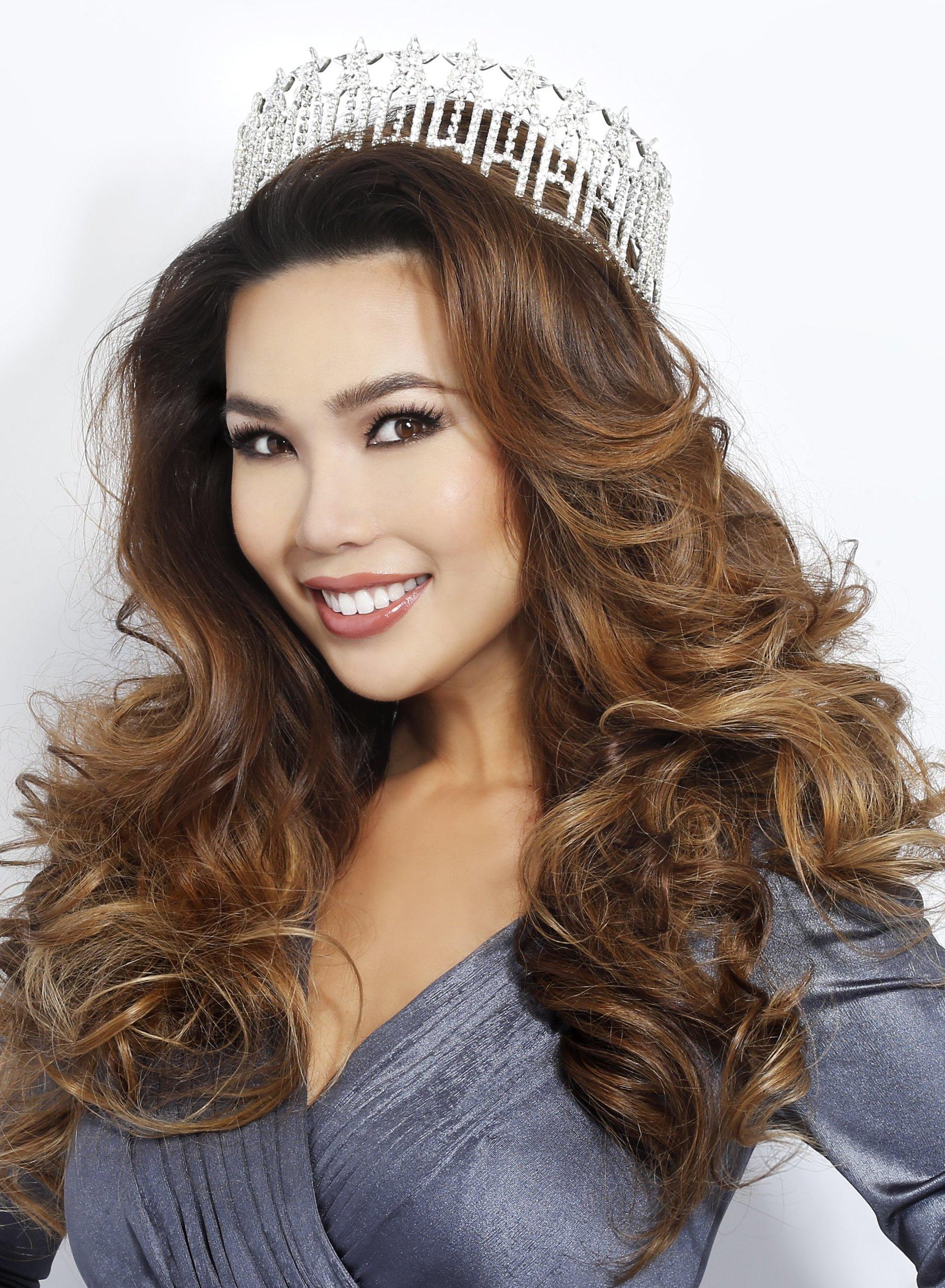 2015 Emma Wo (Top 10 at Miss USA)