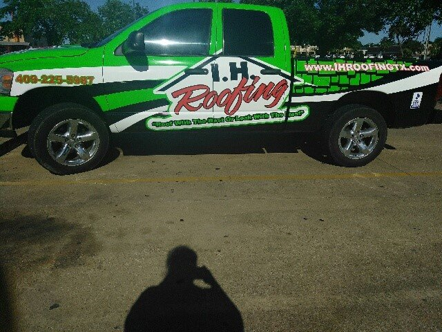 I.H. Roofing Truck