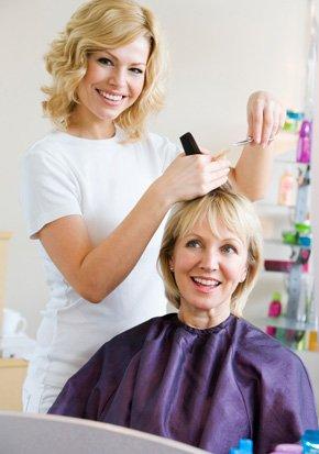 Shampoo | Burlington, IA | Curly Inn Salon, Day Spa & Boutique | 319-752-3930