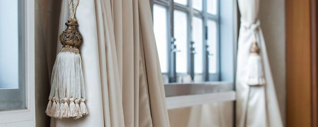 window drape