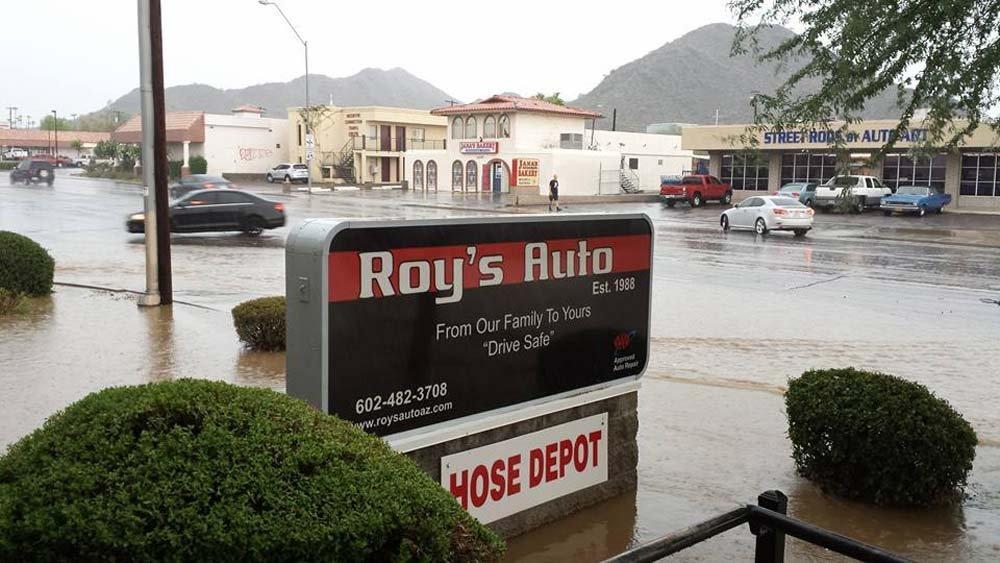 auto repair shop signage