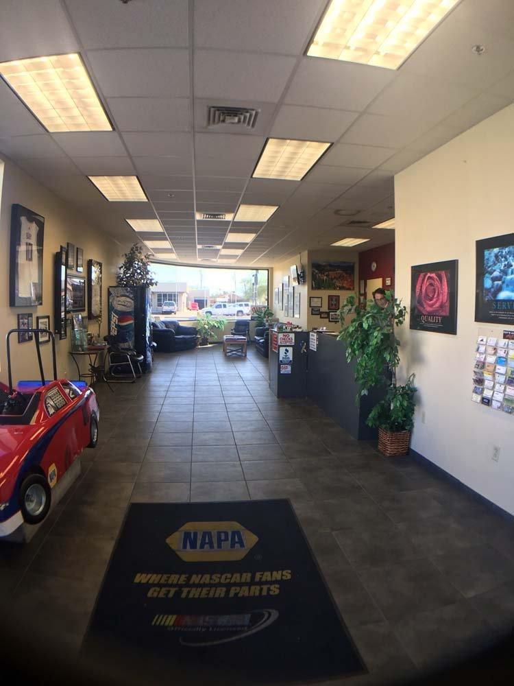 auto repair shop waiting area