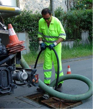 Septic Pumping | Lake Hopatcong, NJ | Accurate Waste Systems | 973-252-8400