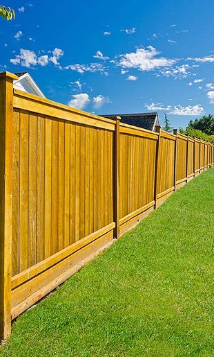 flat top fences | Wellborn, FL | PGE Fencing | 386-965-4062