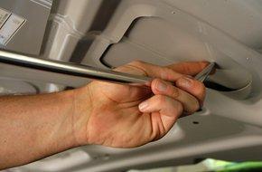 Paintless dent repair hand tool