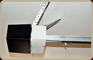 Sliding Grate Operators | Norwalk, CT | New England Overhead Door Service LLC | 203-846-1662 Norwalk, CT