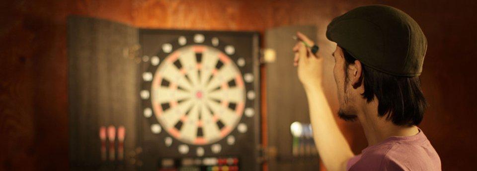 playing dart