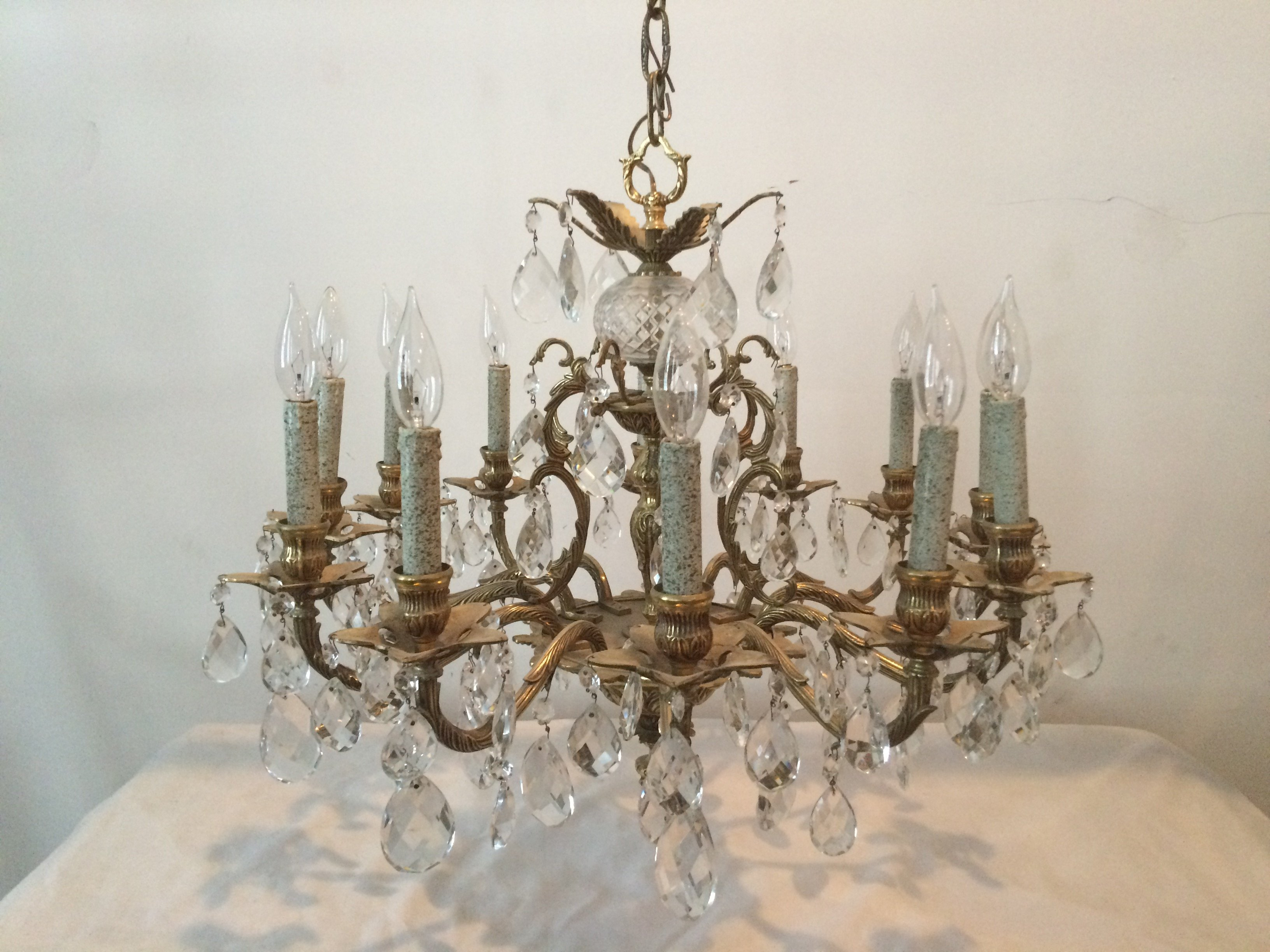 Cosas lighting furniture chandeliers photo gallery chicago chandelier aloadofball Choice Image