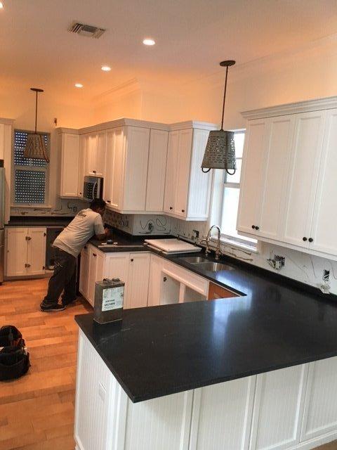 average granite countertops cost per foot