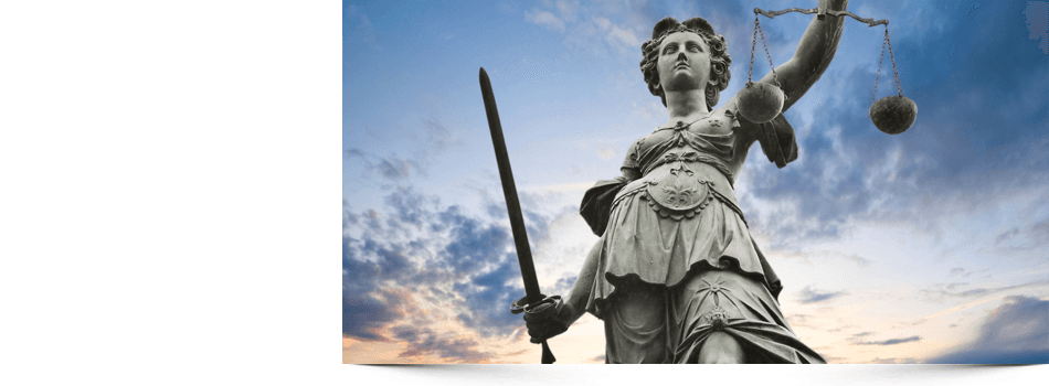 Lady statue with scale and sword