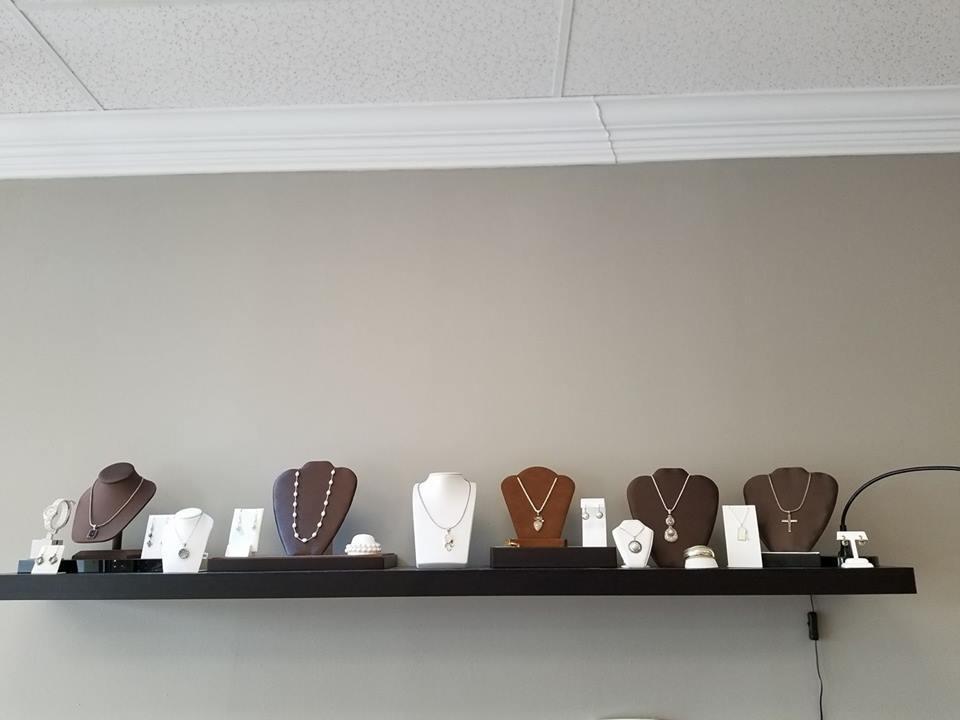 Jewelries display