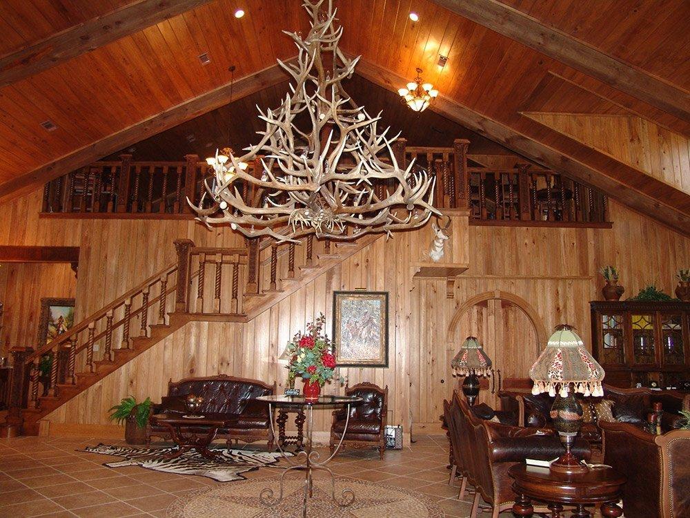 Hornbeck Lodge