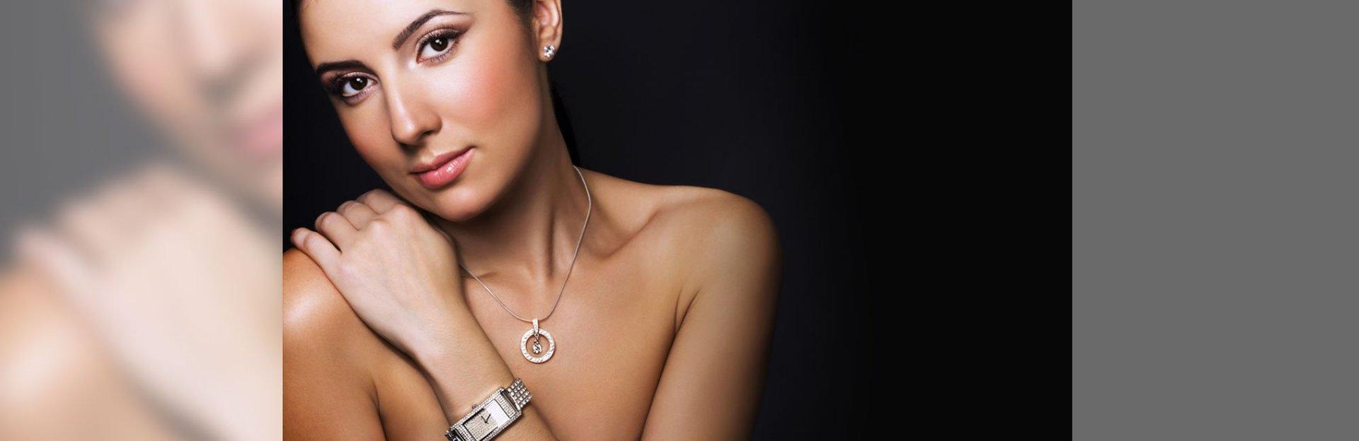 Lady wearing diamond pendant