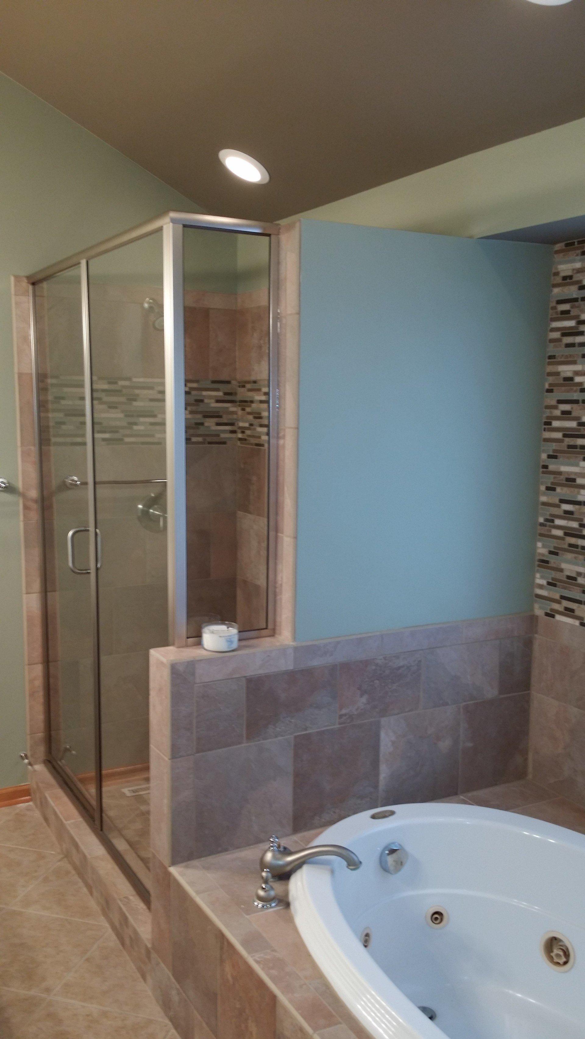 New Leaf Remodeling LLC Bathroom Gallery | Rockford, IL