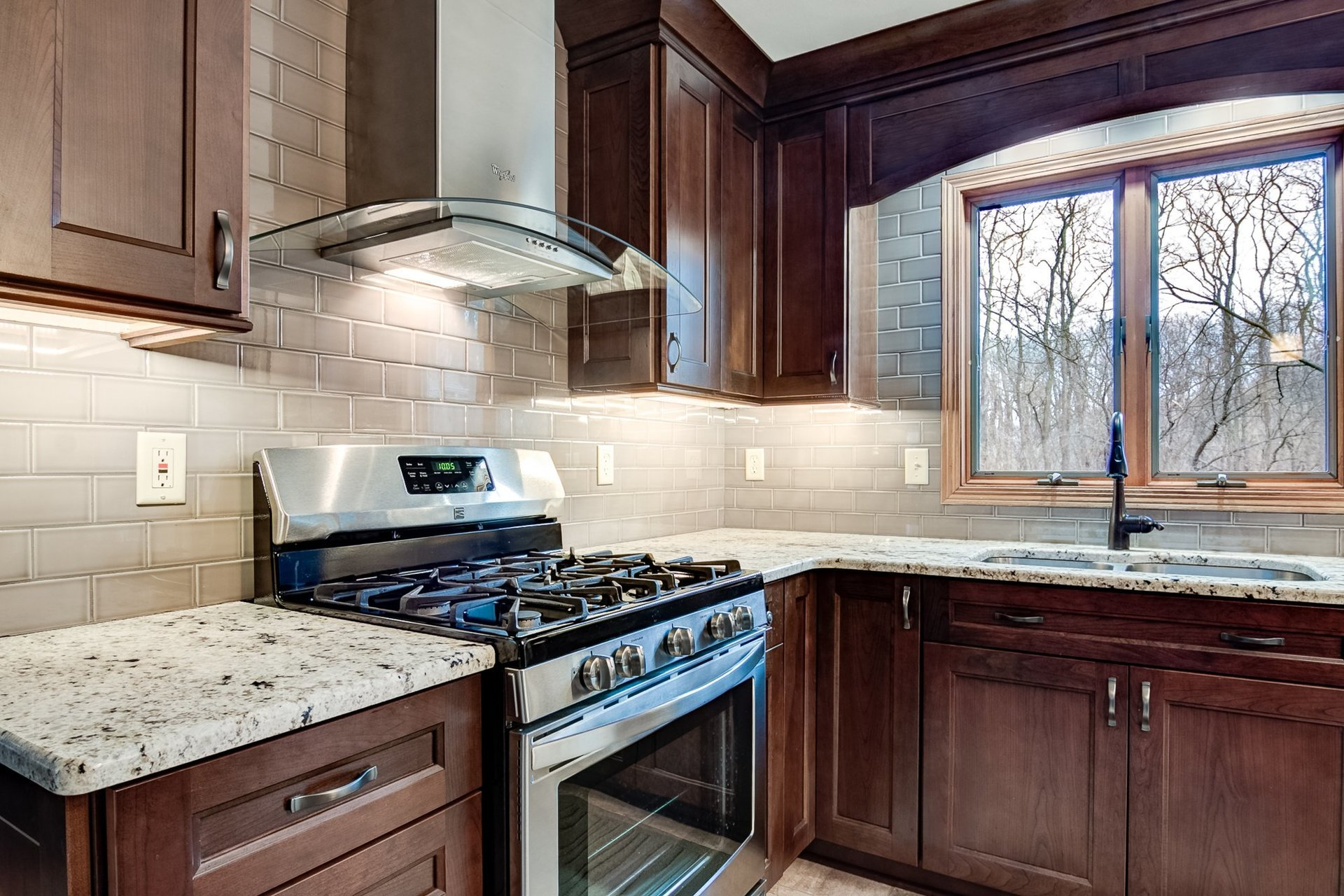 New Leaf Remodeling LLC Kitchen Gallery | Rockford, IL