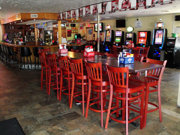 Neighbors Bar & Gaming | Bar and Grill | Loves Park, IL