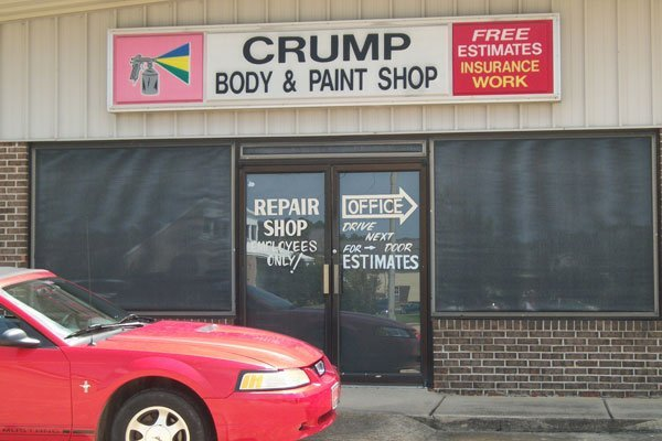 Crump Body & Paint Inc shop
