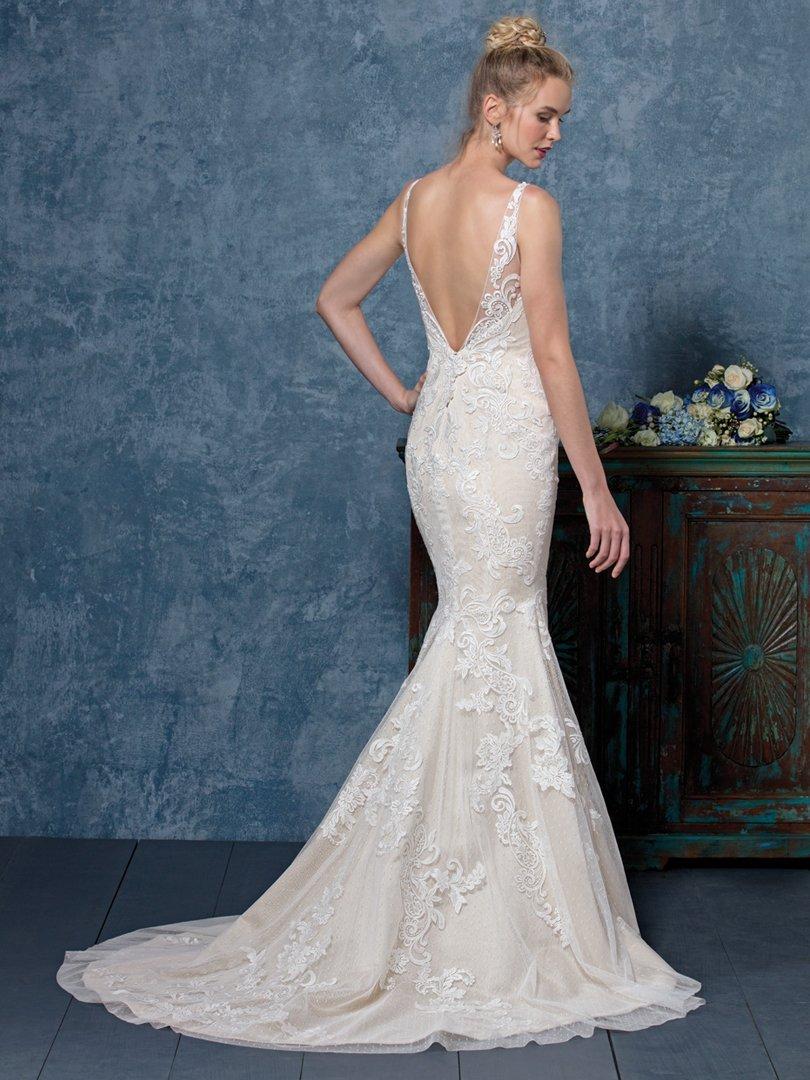 Bridal Gowns | Wedding Accessories | Bremerton, WA