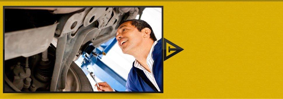 Auto mechanic having an inspection