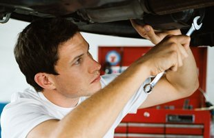automobile repair | Brooklyn Heights, NY | Holyland Auto Repair | 718-246-9695