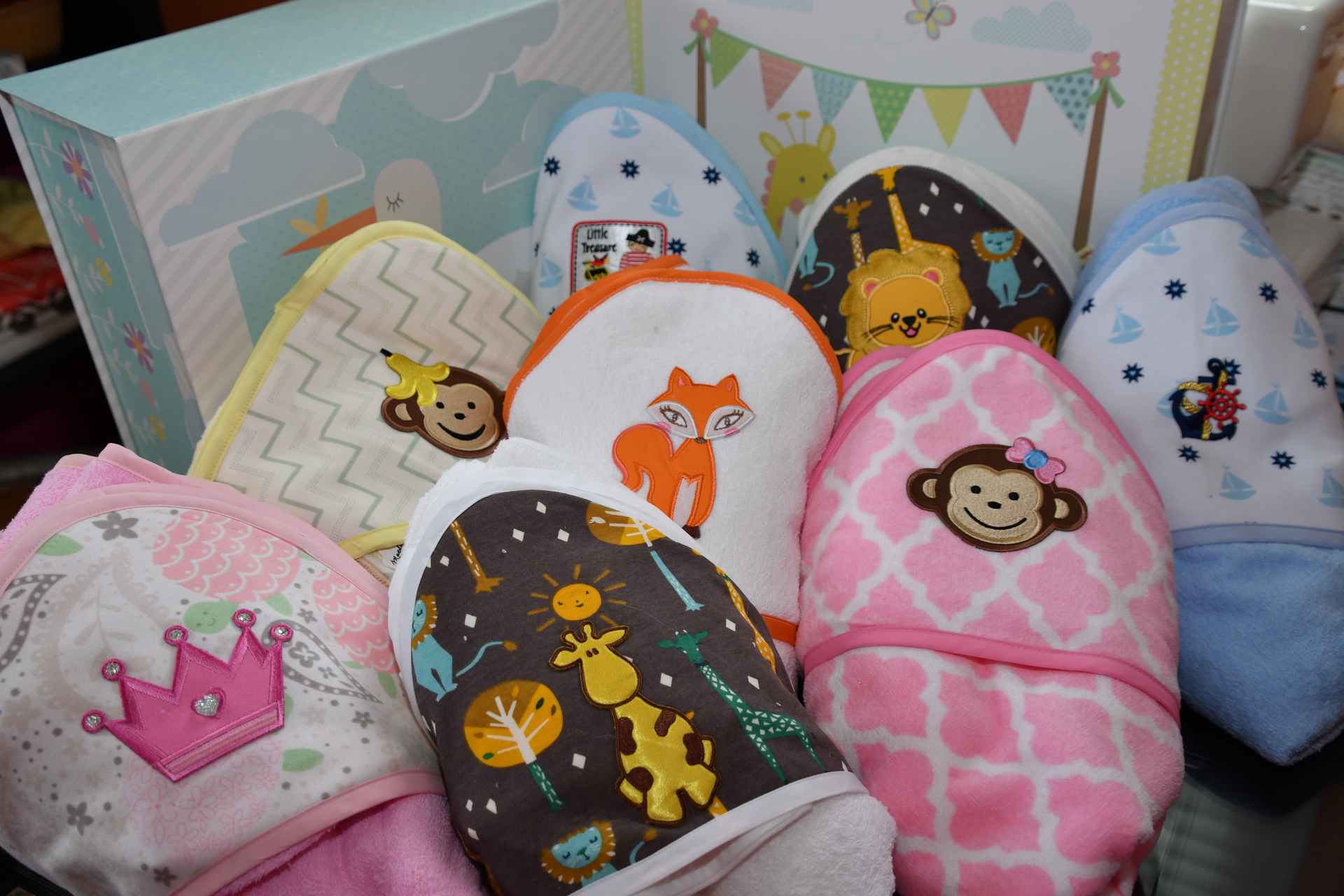 Baby gifts mini security blankets parkville md personalized gifts for babies negle Choice Image