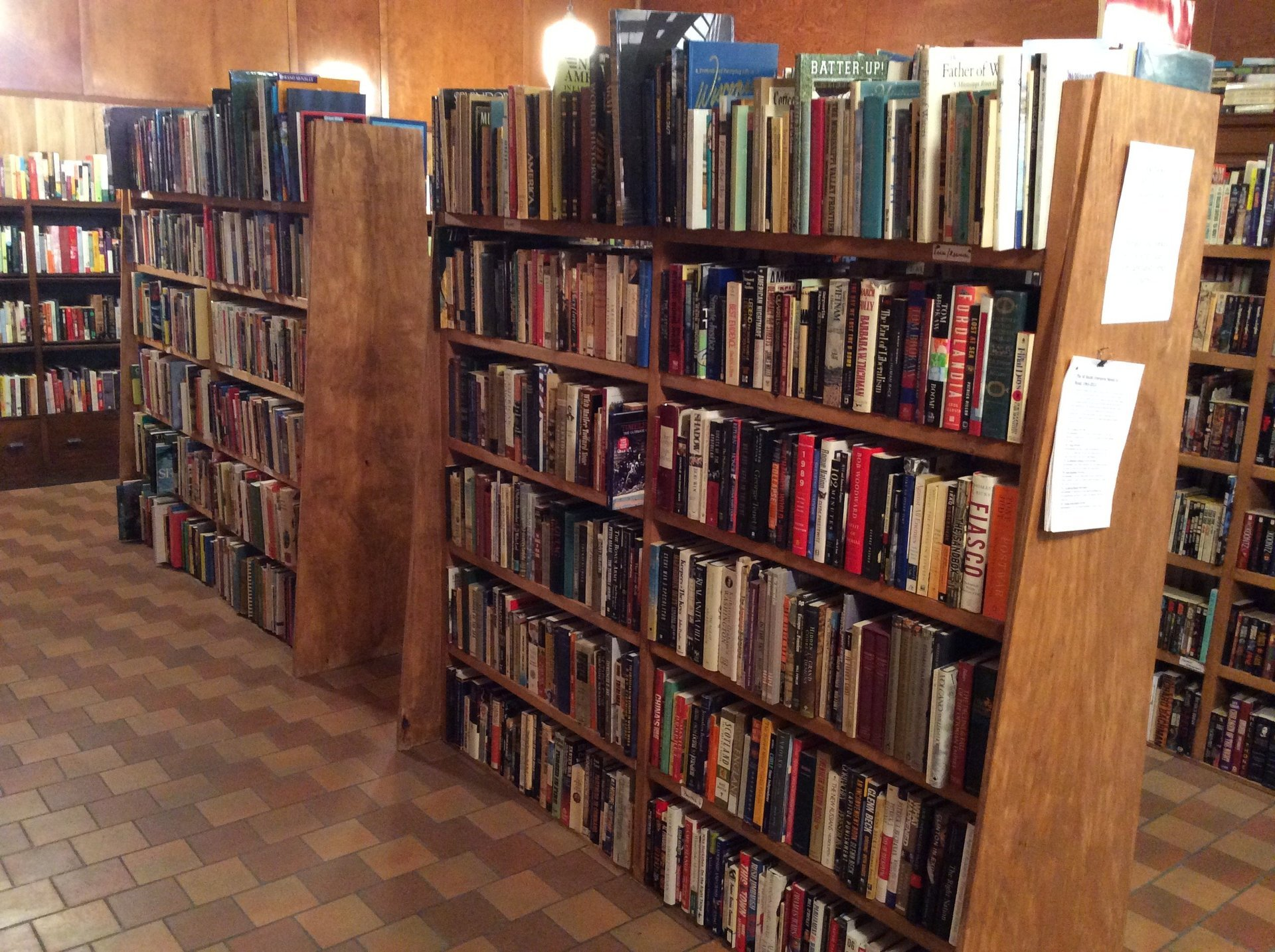 Store book gallery