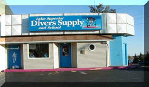 Divers supply School