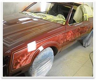 auto repairman working in automotive industry