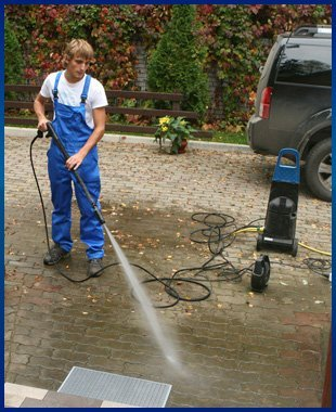 Sidewalk Cleaning | Midland, NC | Edwards Power Cleaning | 704-786-1767