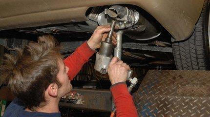 Costa Mesa, CA - Custom Exhaust Services  - Mesa Muffler Service - Mechanic