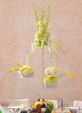 Party Favors   Glendale, CA   Little Bee Flowers   818-244-6404